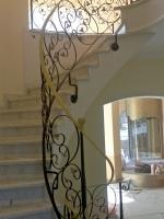 Kunstvolle Treppengeländer können so nur von Metallbauern umgesetzt werden